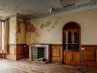 Abandoned Manor X Escape